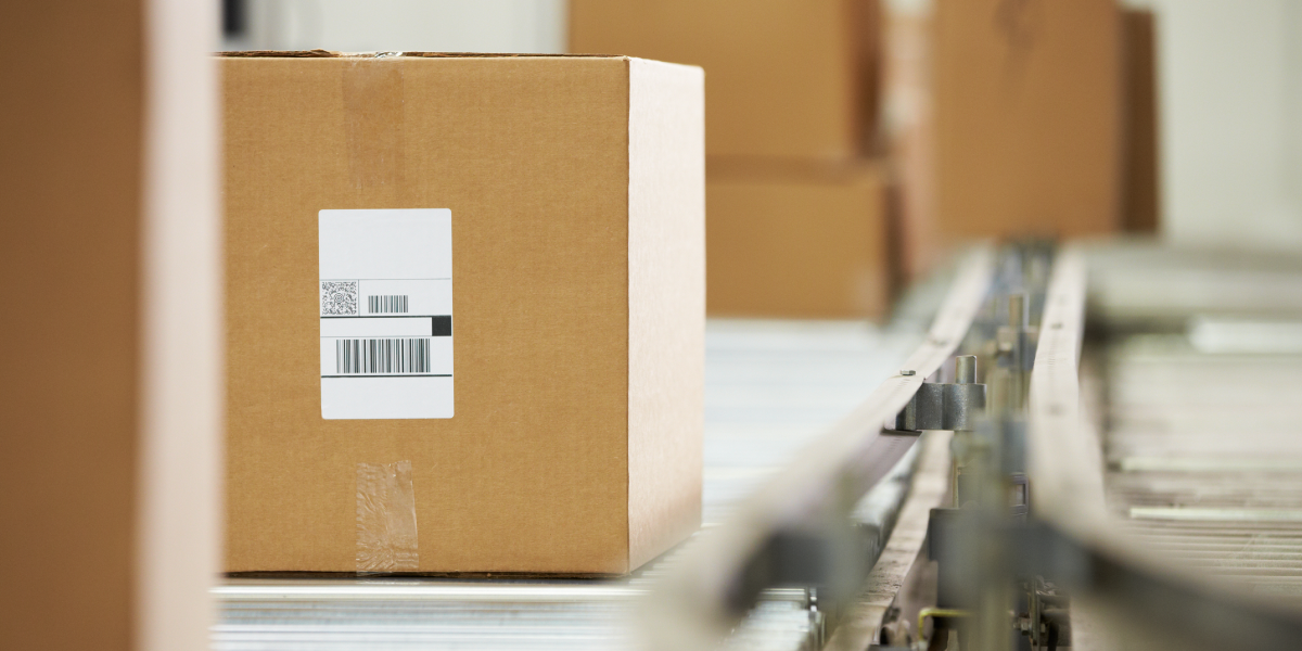 While rules tend to vary state by state, here are a few common rules for how to charge sales tax on shipping costs